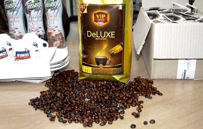 Кофе DeLUXE – бленд Арабики и Робусты, приятный аромат и послевкусие